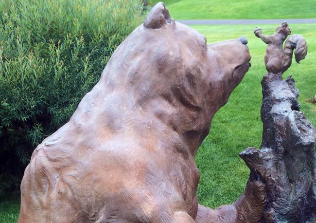 bear-statue-cleaning-before